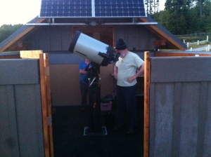 Mike and David powering up the telescope